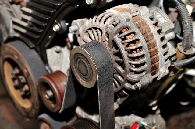 Comment changer un alternateur d'Opel Astra